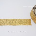Use scissors to cut the gold glitter tape or tear by hand | More details about various types of washi tapes | Washimagic.com