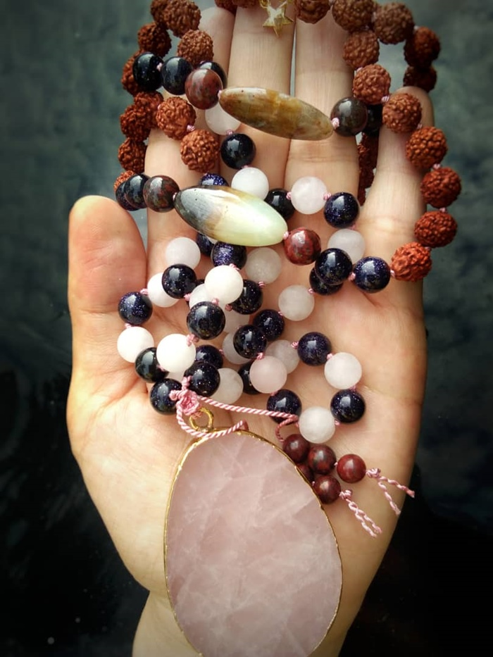 Inspiring Interview Series - Mala jewelry making pendant and beads | Washimagic.com