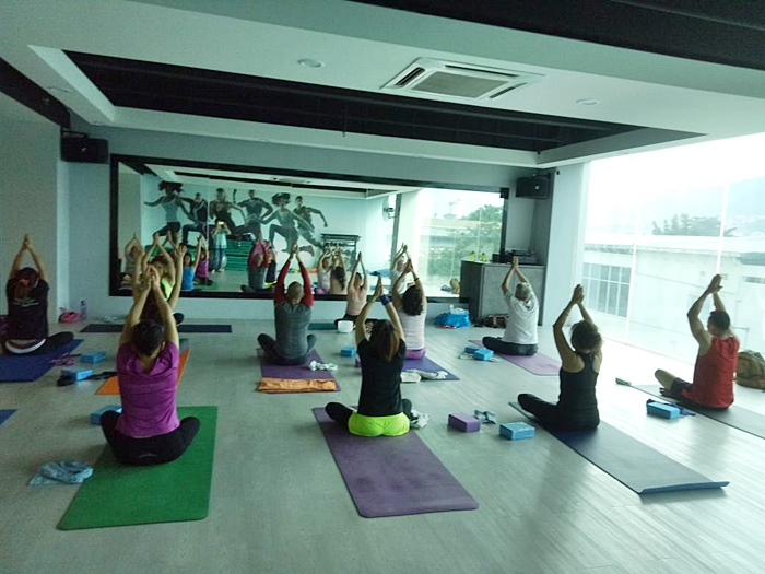 Inspiring Interview Series - Teaching yoga in action | Washimagic.com